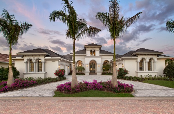 Mediterranean Lakefront Home Design - 1 Story Contemporary