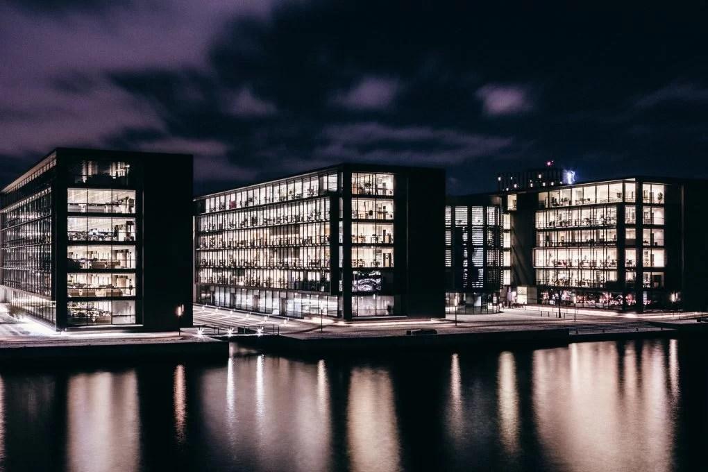 commercial+properties+Dubai
