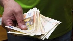 Tanatoestética sueldo y remuneración: ¿Cuánto cobra un tanatoestético?
