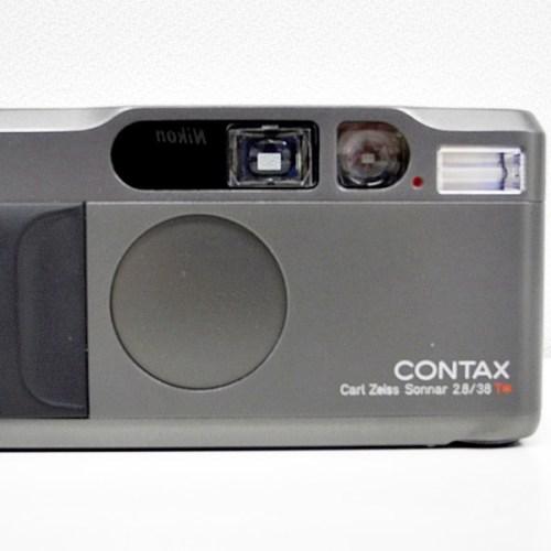 コンタックスのフィルムコンパクトカメラ「T2」買取実績