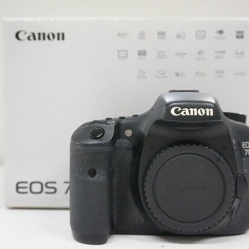 キャノンのデジタル一眼レフカメラ「EOS 7D」買取実績