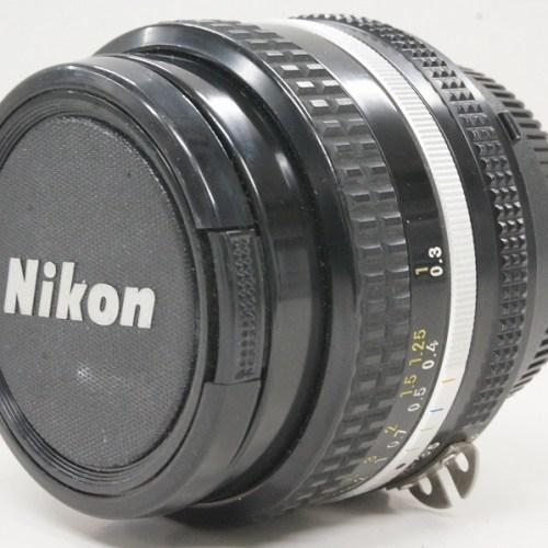 ニコンのレンズ「NIKKOR 20mm F3.5」買取実績