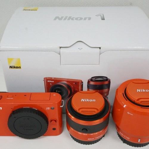ニコンのミラーレスカメラ「1 J2ダブルズームキット」買取実績