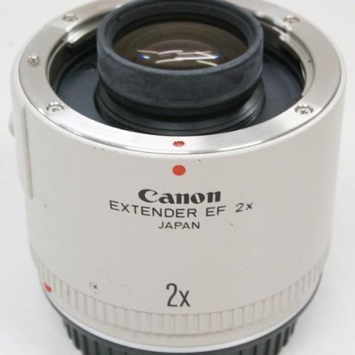 キャノンのレンズ「EXTENDER EF 2×」買取実績