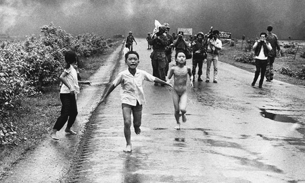 Facebook Blocks Major Newspaper Publishing of Famous Vietnam War Photo