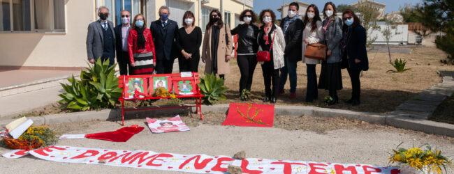 Augusta   Panchine rosse nelle scuole contro il femminicidio
