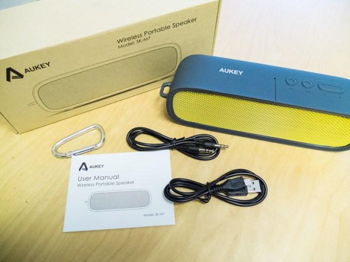 Aukey Bluetooth Box Lieferumfang