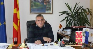 Честитка од градоначалникот на Дебрца, Ногачески по повод празникот Св. Климент Охридски
