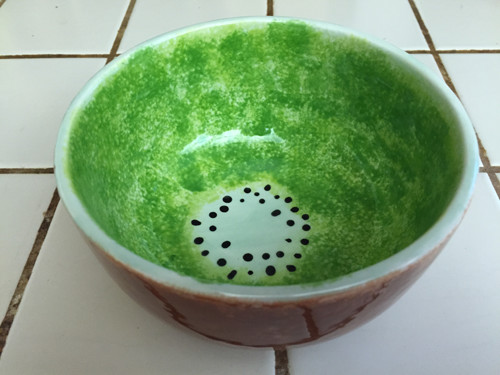 Kiwi bowl