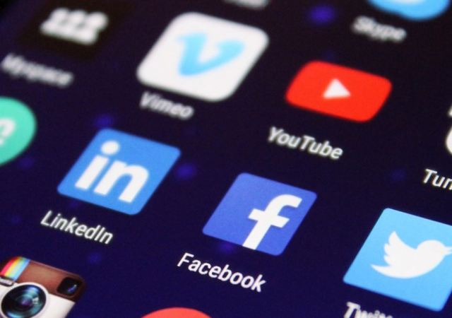 5 Social Media Tactics You Need to STOP Using (And What You Should Do Instead)