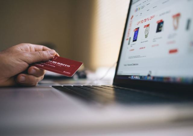 How eCommerce Businesses Can Prevent Fraud in 2018 Holiday Season
