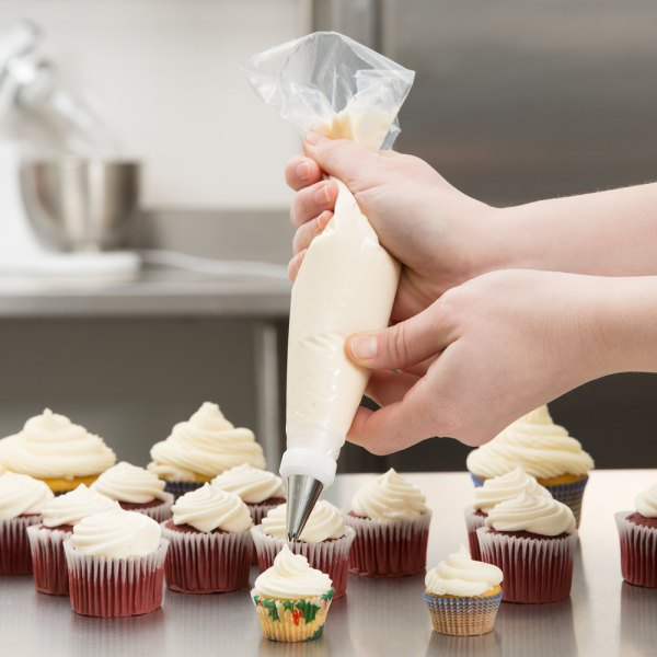 """Ateco 4712 12"""" Disposable Pastry Bag & Icing Bags - 100"""