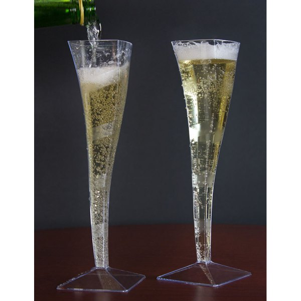 Fineline Wavetrends 1205 Clear Plastic 5 Oz. Champagne