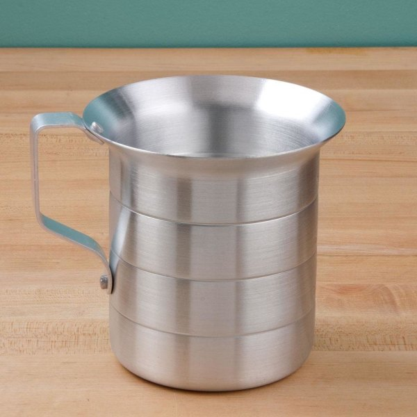 Aluminum 1 Quart Measuring Cup - 5