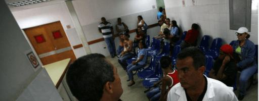 Cuba ordena plan de emergencia para misión médica en Venezuela