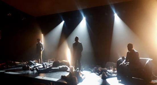 les-hypnotiseurs-scene