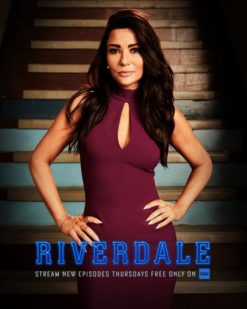 RD-S4-Hermione-Lodge-Promotional-Portrait