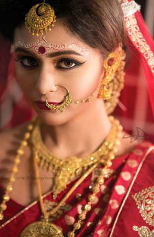 Traditional ornament of a Bengali Bride