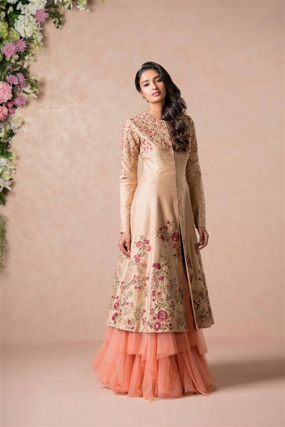 7 Awesome Indo-western outfits for weddings you can try this season
