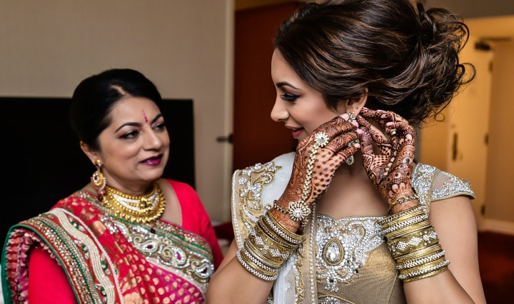 brides with their mothers