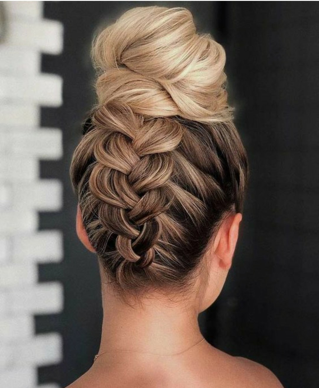 7 Stunning Bridal Juda Hairstyles For Contemporary Brides - Wedamor