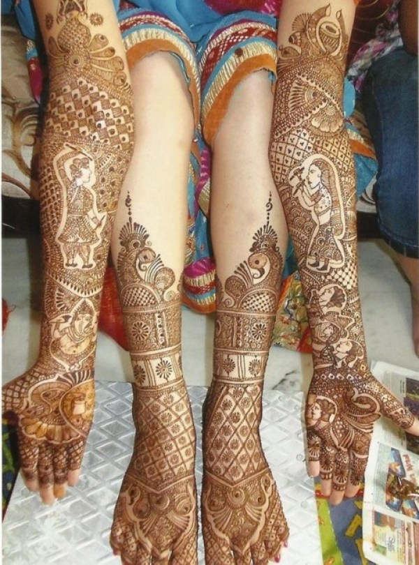 4. Full hand and legs traditional bridal mehndi