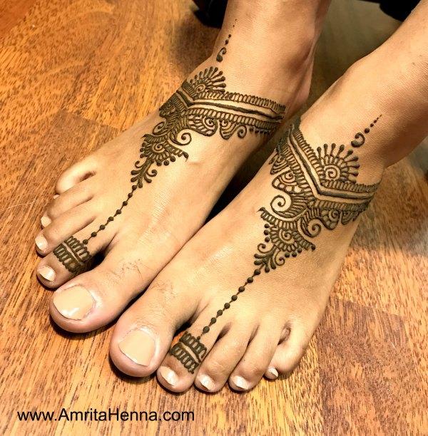 29.Toe ring Henna for Leg