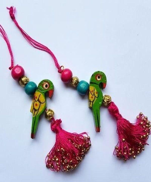 12.Green parrot tassel
