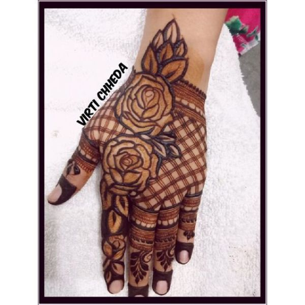 43.Rose Mehndi design #43