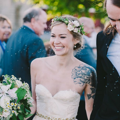 25 SHOW STOPPINGLY BEAUTIFUL BRIDES WITH TATTOOS Wedded