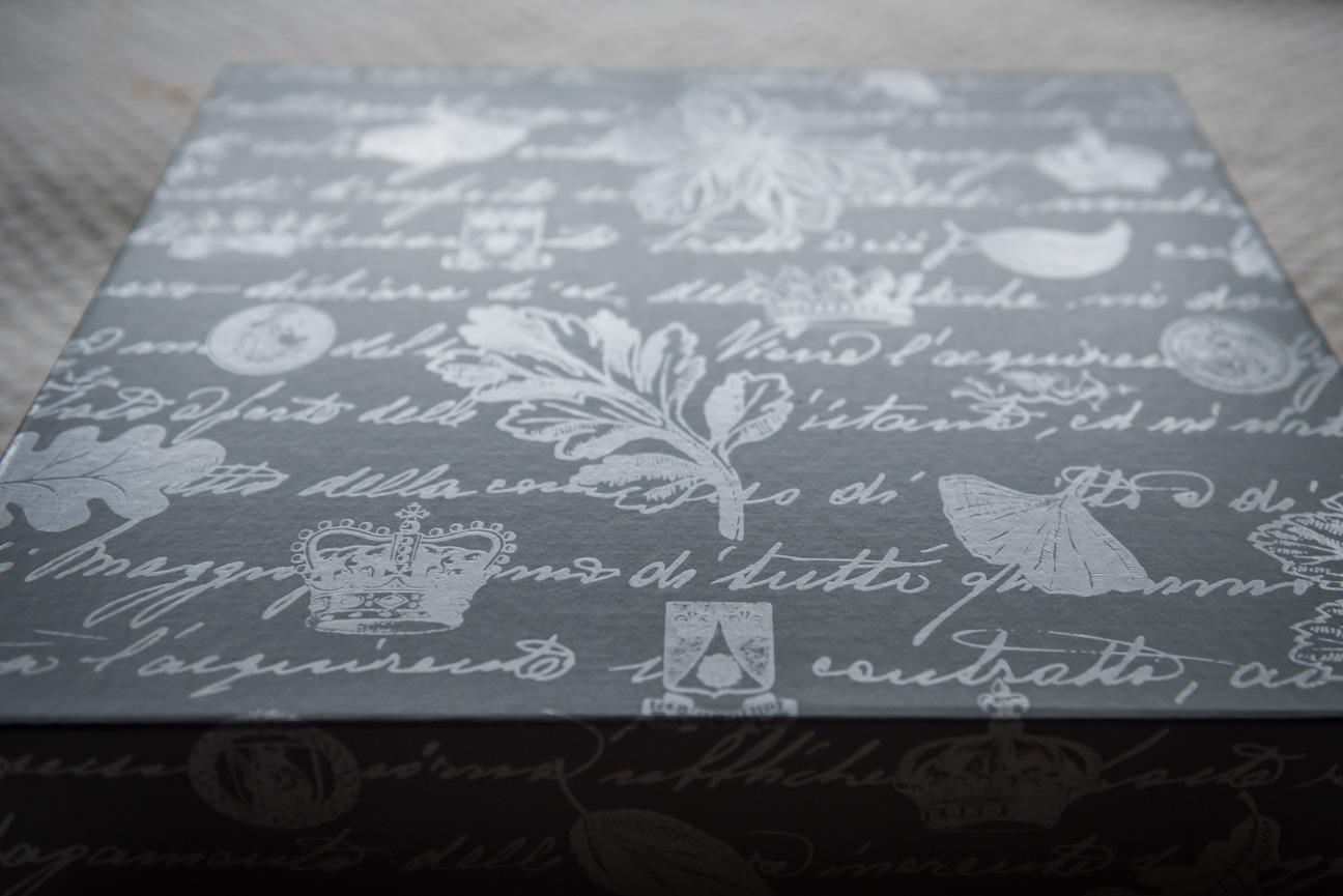 Queensberry Duo wedding album presentation box