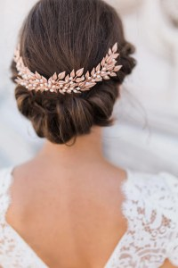 Gold Wedding Hair Accessories | Wedding Ideas by Colour | CHWV