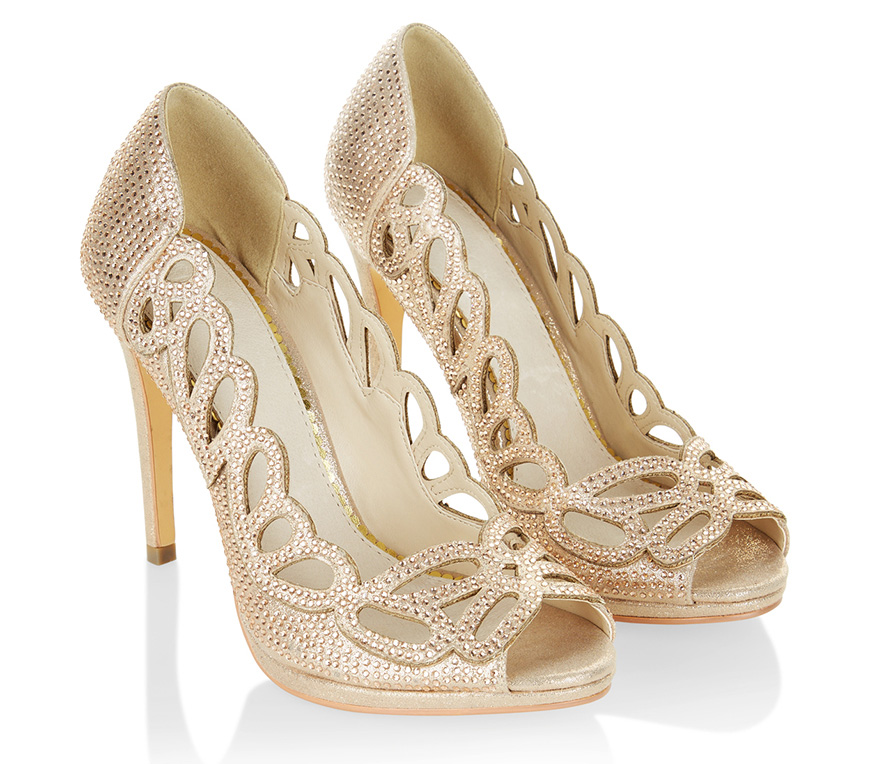 The Best Wedding Shoes For A Winter Wedding Chwv