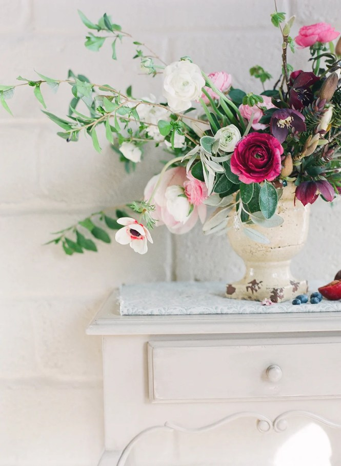 In season flowers march best flower in the word 2017 march wedding flowers by season chwv junglespirit Images