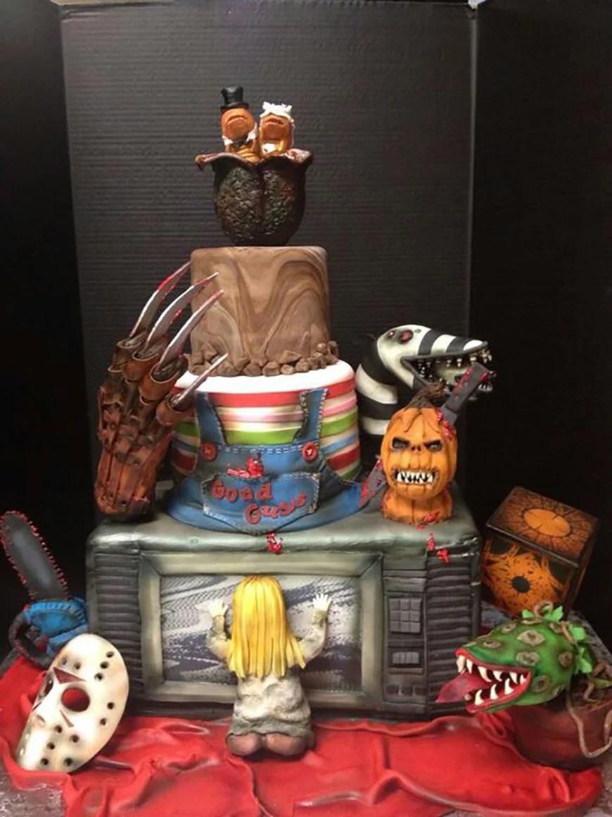 23 Halloween Wedding Cakes Chwv