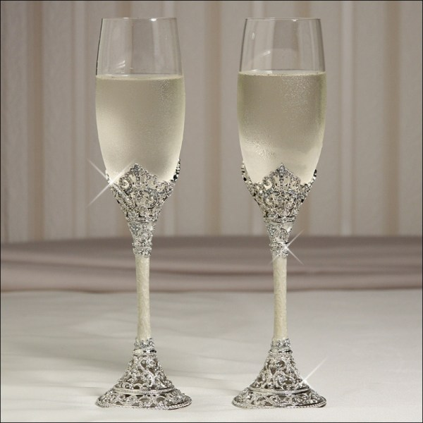 Celebration Pearl Toasting Flutes