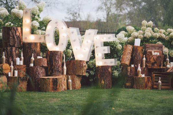 DIY Decorations for Outdoor Weddings