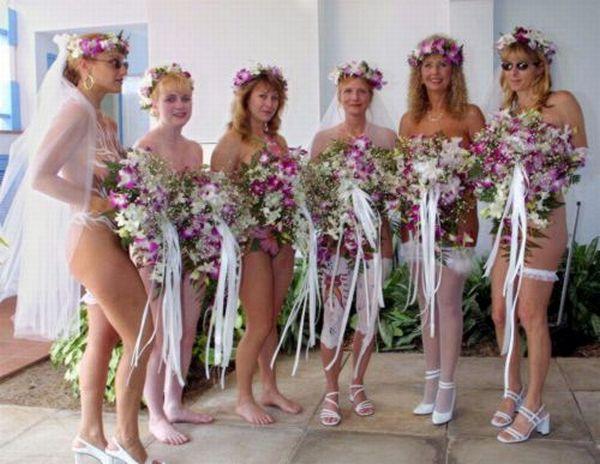 Nude weddings