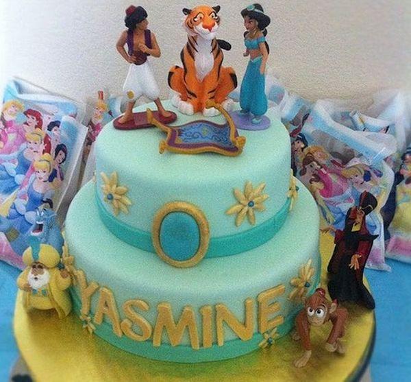 Aladdin and Jasmine wedding cake