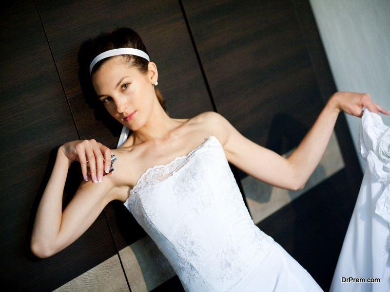 bride with parfume