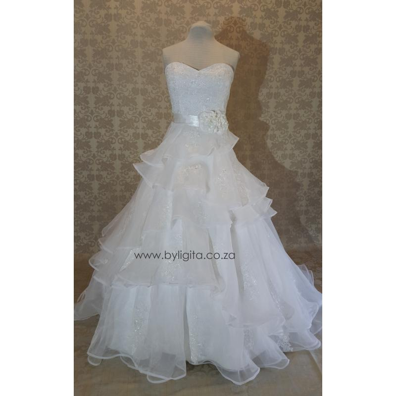 By Ligita Wedding Gowns Amp Accessories Accessories