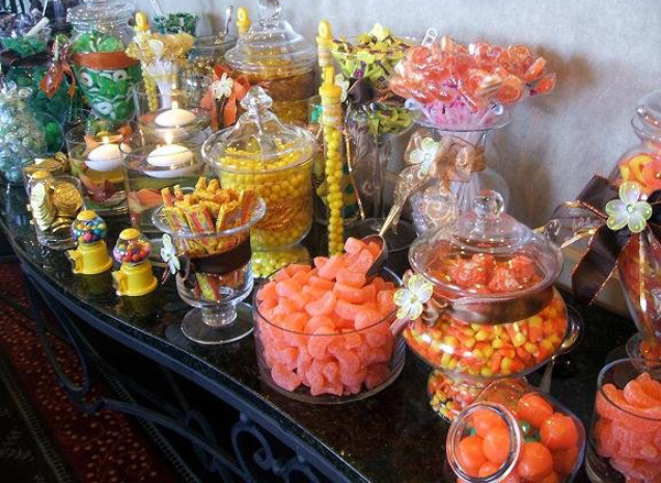 How to Set the Wedding Candy Buffet  WeddingElation