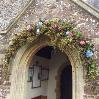 Half door garland