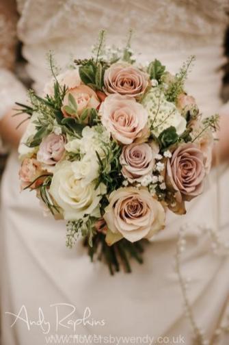 Brides handtie bouquet