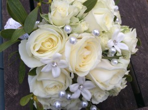 Brides bouquet with pearls