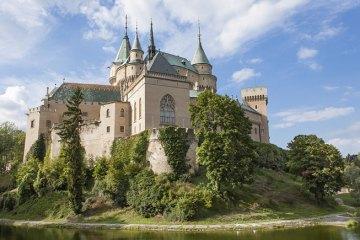 beautiful-castle-in-Slovakia