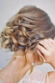 chic and easy wedding guest