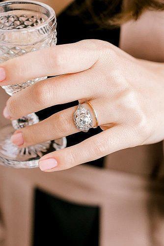 round engagement rings vintage wedding set gold diamond