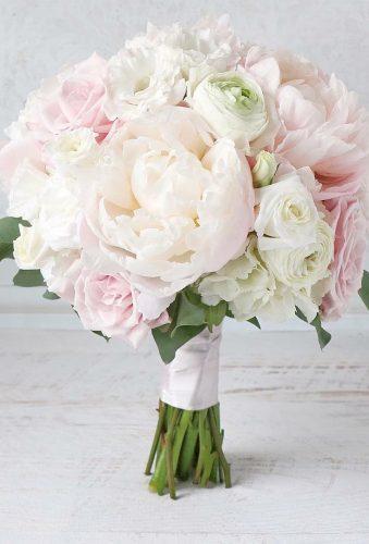 elegant wedding bouquets classic whote bouquet studiobloomiowa