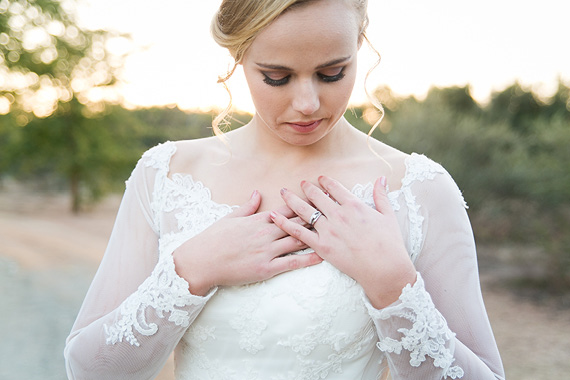 "Photography : <a href=""http://www.ruthdutoit.co.za/"" target=""_blank"">Ruth du Toit Photography </a>"